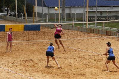 Neste fim de semana tem início o Campeonato Municipal de Vôlei de Areia