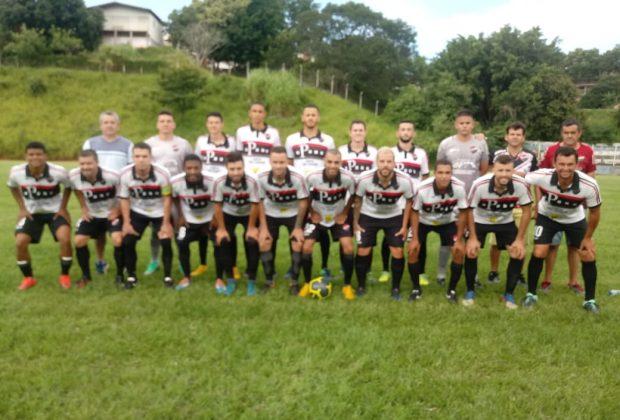 Parentes está disputando o Campeonato Regional de Futebol Amador