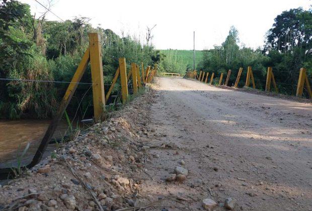 Ponte do Bairro Duas Pontes é interditada para veículos pesados
