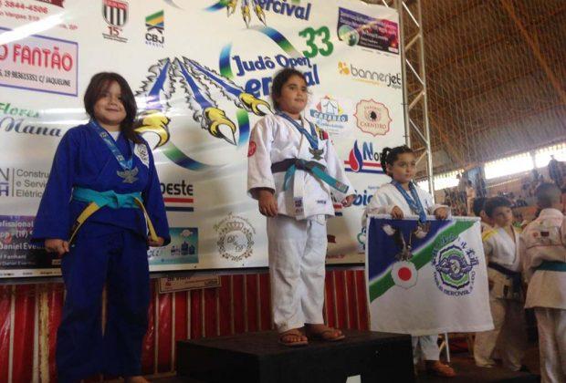 Classificações e medalhas marcaram o final de semana do Judô Nogueirense