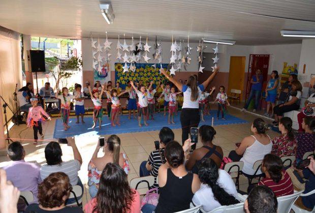Apresentações do Viva Música celebram o Dia da Família nas escolas