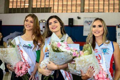 Jéssica Zeola é eleita Rainha dos Jogos dos Trabalhadores