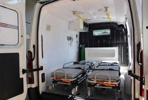 Ambulância é entregue à população do distrito de Martinho Prado Júnior