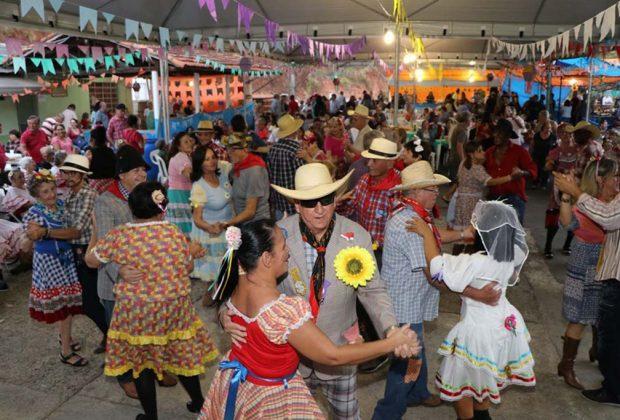 Lar dos Velhos 'Flamínio Maurício' promoveu sua tradicional Festa Junina