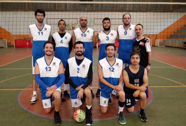 Amparo lidera a Copa Jaguariúna de Vôlei