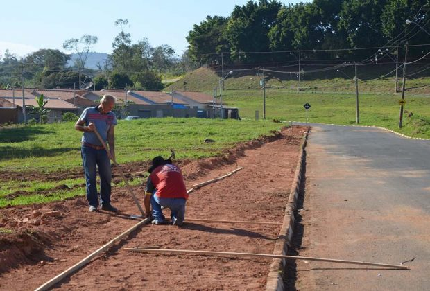 Obras e Serviços Públicos atuam em Barão Ataliba Nogueira
