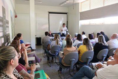 Prefeito reúne equipe da Saúde para discutir avaliação do TCE