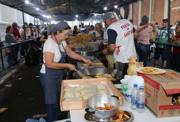 Fiéis católicos de Pedreira comemoraram o dia da padroeira Sant'Ana