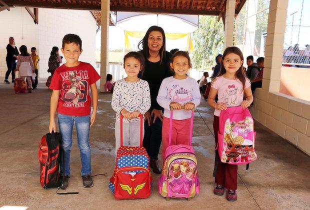 Mais de 2,3 mil alunos da Rede Municipal retornaram às aulas nesta quarta-feira