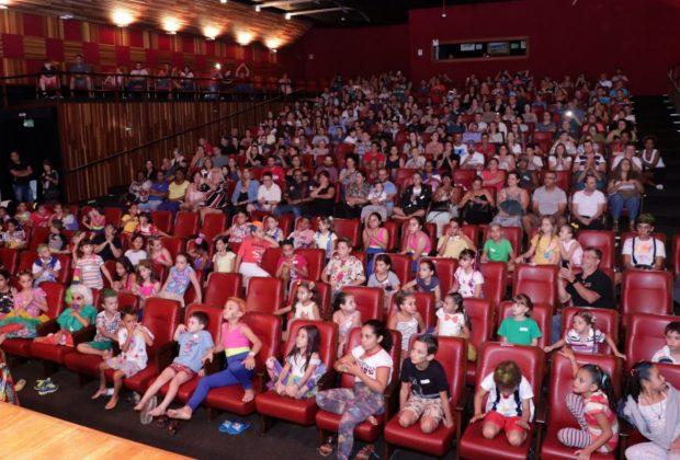 A Secretaria de Turismo e Cultura vai trazer dois espetáculos para o Teatro Municipal de Jaguariúna