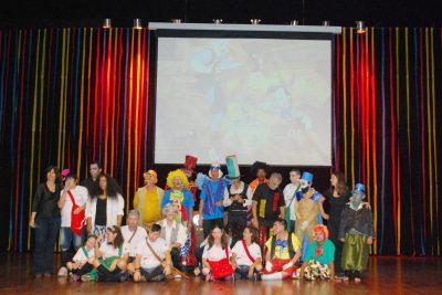 Apresentação de peça teatral dá início a Semana da Saúde Mental