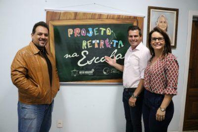 PREFEITURA AMPLIA PROJETO RETRETA NA REDE MUNICIPAL DE ENSINO EM ARTUR NOGUEIRA