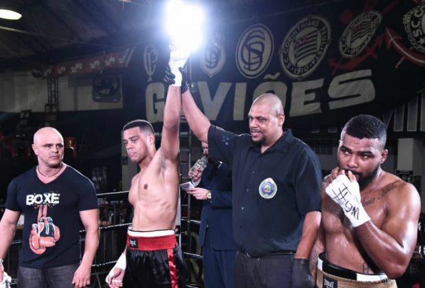 Pugilistas de Mogi Mirim e Campinas mostram toda sua técnica no Batalha Boxe Profissional