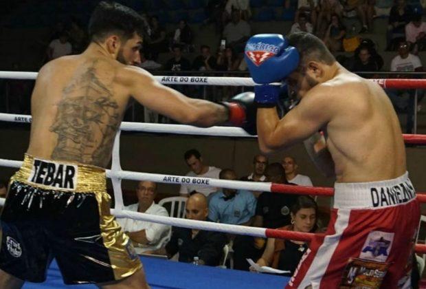 Paulistano Paulo Tebar conquista cinturão Super Leve no Arte do Boxe em Mogi Mirim