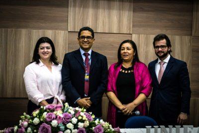 Livros de professores da UniFAJ abordam família e processo civil