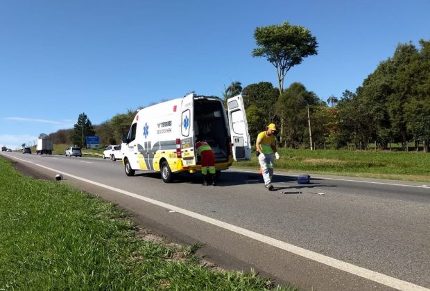 Motociclista fica ferido após bater em caminhonete na Campinas-Mogi em Jaguariúna
