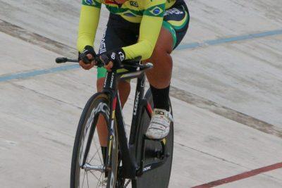 Atleta guaçuano é campeão no Pan-Americano de Ciclismo Master de Pista e Estrada