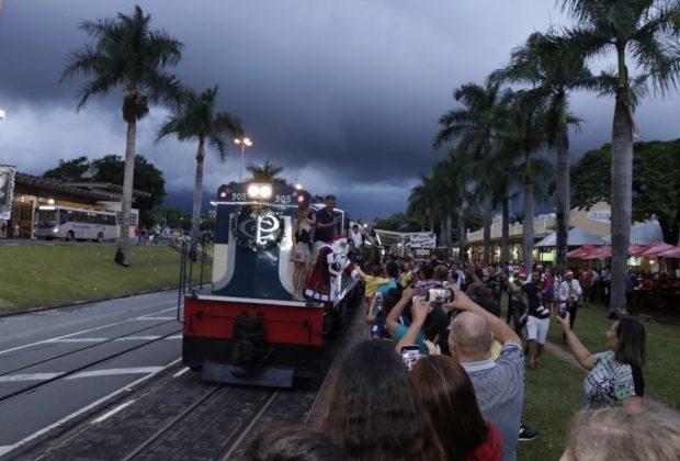 CHEGADA DO PAPAI NOEL ABRE A PROGRAMAÇÃO DE NATAL NESTA SEXTA-FEIRA