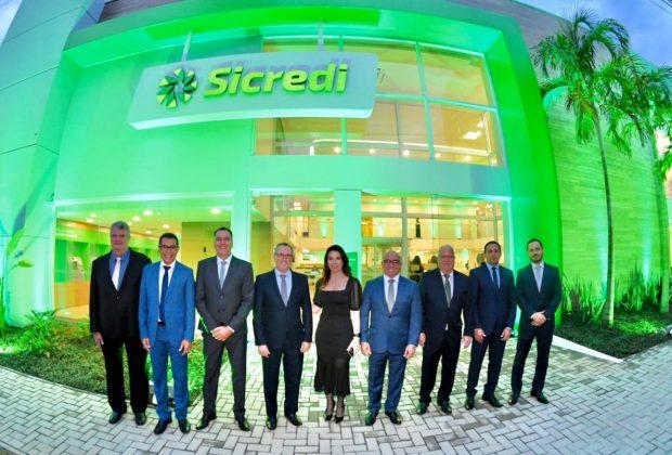 Sicredi União PR/SP entrega 100ª e maior agência em Limeira