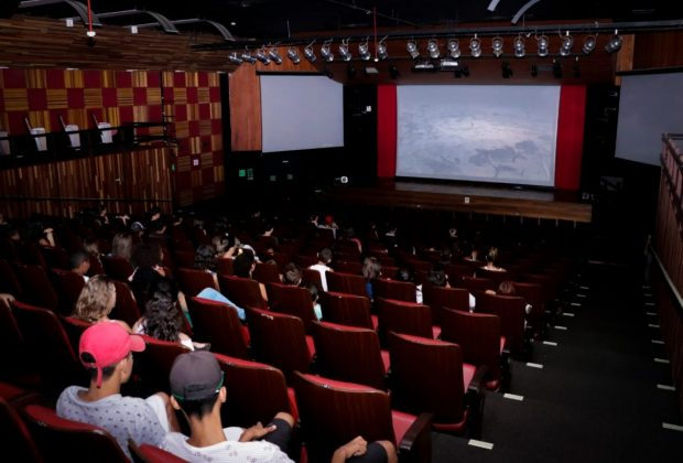 FESTIVAL DE FÉRIAS APRESENTA DOIS FILMES AMANHÃ NO TEATRO MUNICIPAL – Jaguariúna