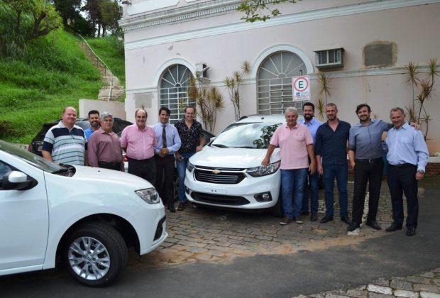 JH – Prefeitura de Pedreira e deputados Baleia Rossi e Jorge Caruso viabilizam veículos para a APAE