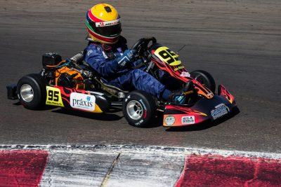 João Alécio fica em terceiro na estreia da Copa F-Racers em Paulínia