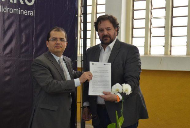 Jacob inaugura agência da Receita Federal em Amparo