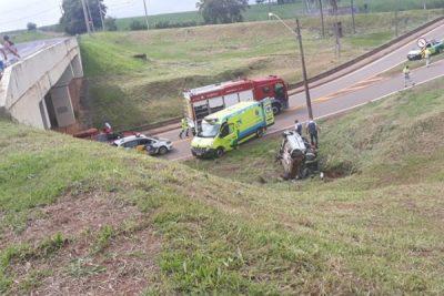Grave acidente na SP 332 causa a morte de uma jovem e ferimentos em mais três pessoas