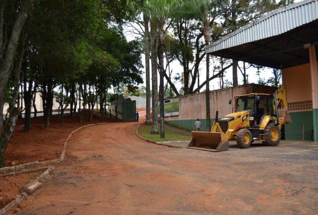 """Estádio Municipal """"Wanderlei José Vicentini"""" de Pedreira está passando por obras para receber Alvará do Corpo de Bombeiros"""