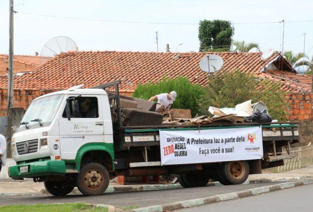 600 caminhões de sujeira foram retirados das ruas em mutirões contra a dengue em Mogi Mirim