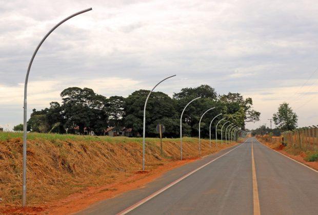 Prefeitura inicia obras de pavimentação e iluminação pública em estradas de Holambra
