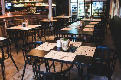 Dois meses de Quarentena: pesquisa da Abrasel revela as dificuldades dos bares e restaurantes com a pandemia
