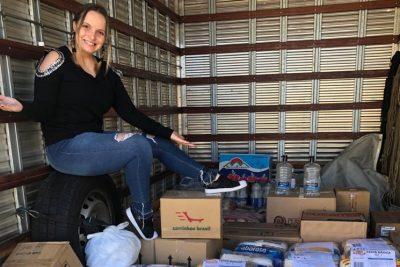 Emy Maziero arrecada uma tonelada de alimentos para doações em sua primeira live