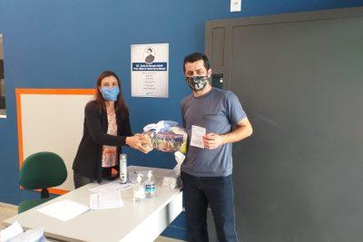 Educação entrega 5.137 kits de alimentação para alunos – Itapira