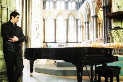 Pianista Leoni Pepe D'Adderio é atração da próxima live #VamosDeMúsica