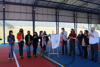Nova quadra poliesportiva de escola do Istor Luppi é inaugurada