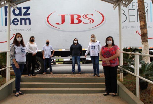 Doações da JBS chegam a Santo Antônio de Posse