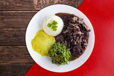 Restaurante Casa Bela inclui feijoada e fondue no cardápio de inverno; atendimento delivery para Santo Antônio de Posse