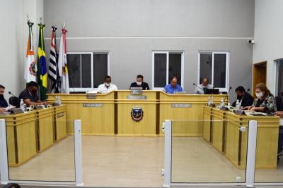 Sessão da Câmara é marcada por projetos de lei do executivo e indicações dos vereadores