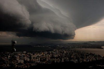 Aplacar a tempestade – Paiva Netto