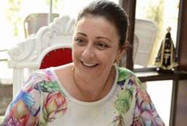 Claudia Botelho MDB é reeleita prefeita de Estiva Gerbi