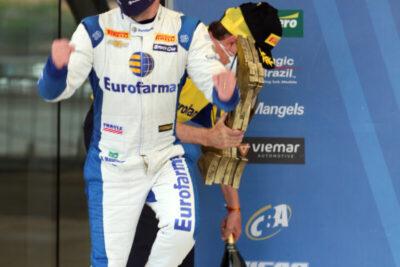 Ricardo Maurício é o campeão de 2020 da Stock Car