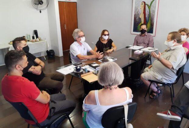 Paulo Silva visita Secretaria de Cultura