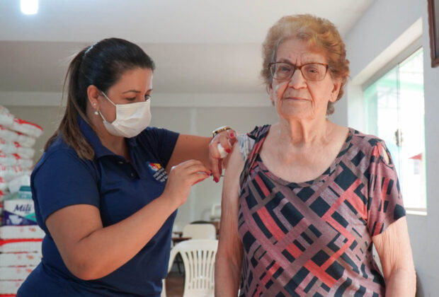 Mogi Guaçu inicia imunização de idosos com mais de 85 anos na próxima segunda