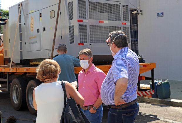 Hospital Municipal recebe gerador provisório e inicia instalação de ala de tomografia