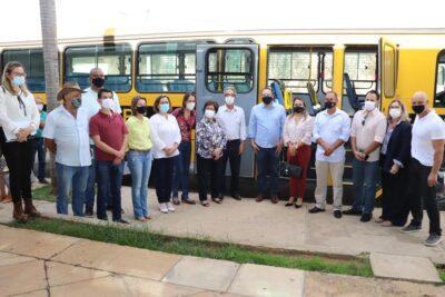 Mogi Mirim recebe novo ônibus escolar