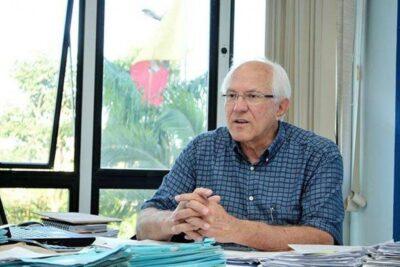 Roberto Simoni, secretário da Fazenda no governo Walter Caveanha morre por complicações da Covid-19
