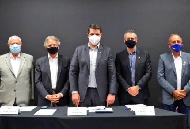 Fernando Capato e vereadores vão ao Estado por mais investimentos e vacinas
