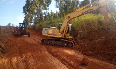 Estradas rurais recebem serviços de manutenção