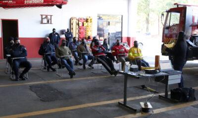 Bombeiros e guardas municipais de Mogi Mirim  recebem treinamento da Comgás